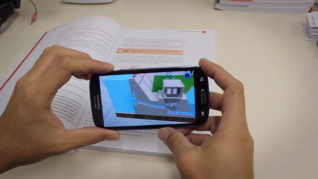 Os aplicativos e plataformas de cursos vêm sendo o endereço de pessoas de todas idades e níveis de escolaridade.