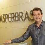 Iniciaremos já em 2019 a fabricação de resina para MDF, afirma José Maurício Caldeira, da Asperbras, de José Roberto Colnaghi