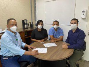 Equipe de estudos contra a covid do HESLMB